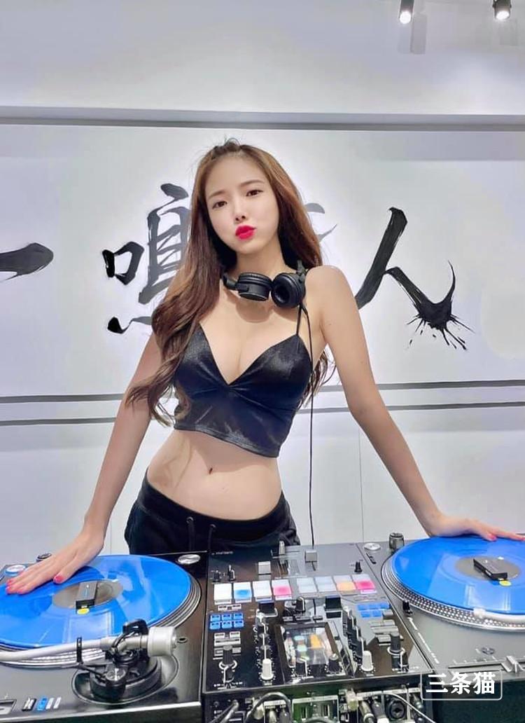 百大DJ女神@蓝星蕾好看魔鬼身材受欢迎 男人文娱 热图4