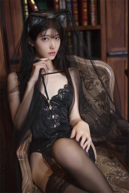 ⭐微博红人⭐南桃Momoko-清纯美女@黑内衣福利向插图2