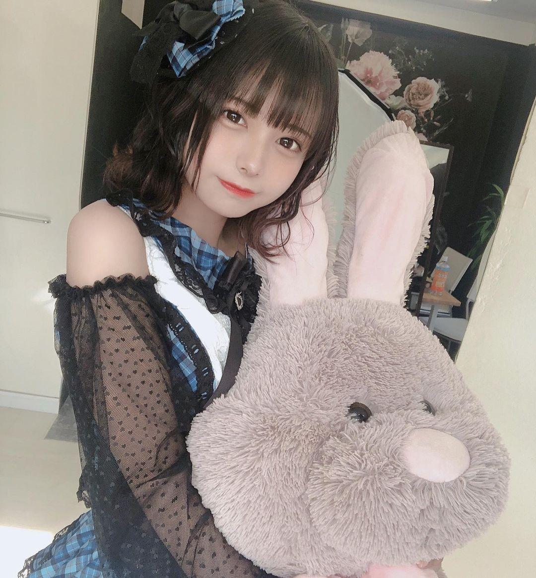 宫崎彩(宫崎あみさ),短发萝莉偶像写真欣赏