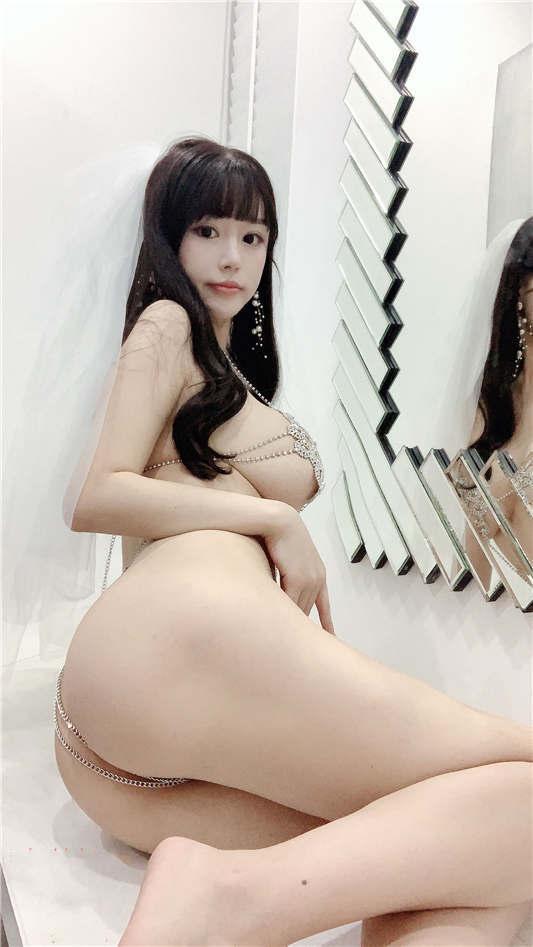 巨乳网红模特『朱可儿』最大尺度超唯美婚纱私拍流出[86P/1V/687MB]