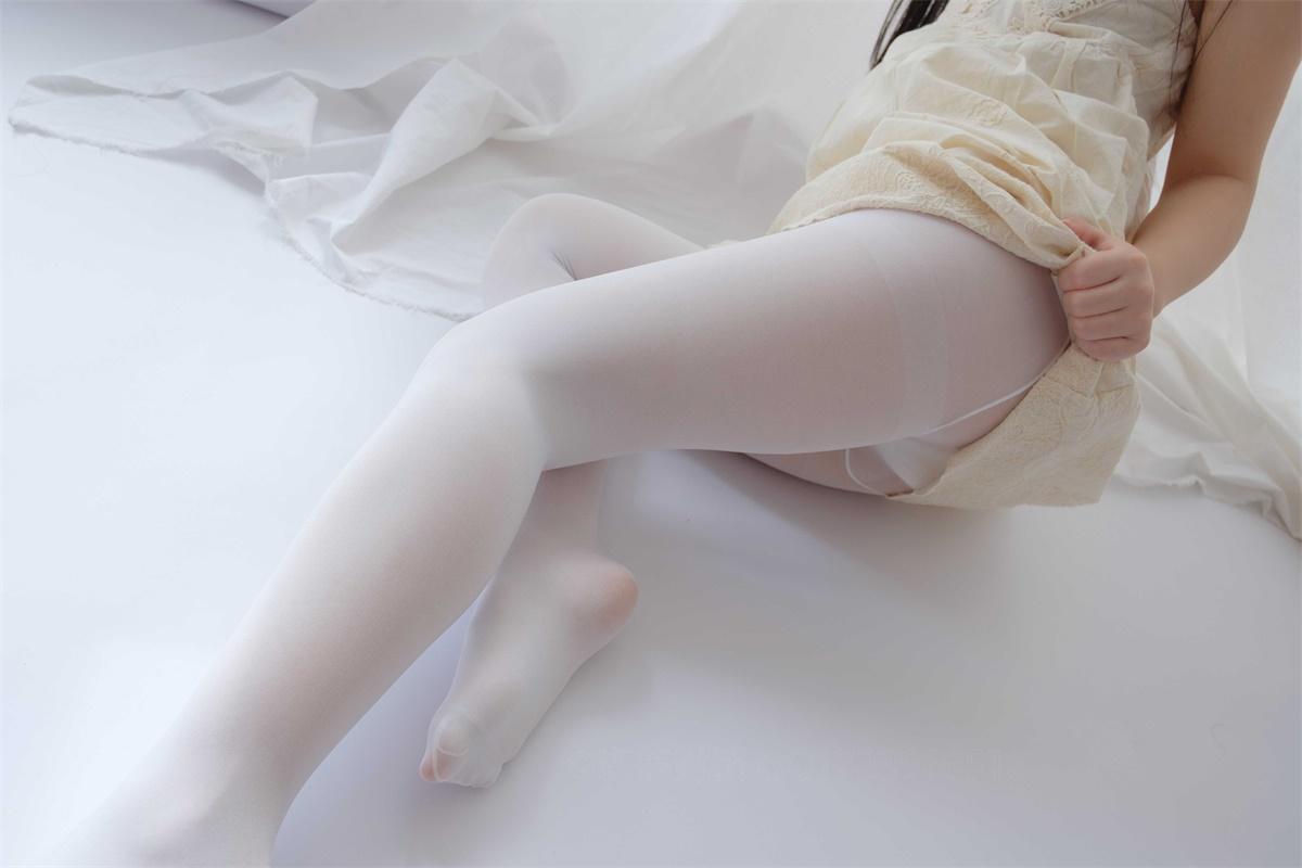 ⭐丝模写真⭐森萝财团-爱花写真-ALPHA-013[90P/807MB]插图1