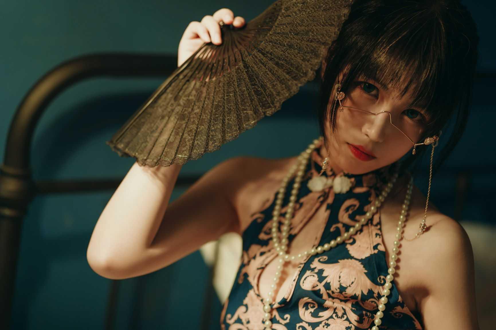 ⭐cos套图⭐逐月su@coser图片-短旗袍 37P插图1