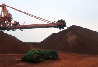 难承原料、人工等持续上涨重压 复苏路上的中国实体经济苦不堪言