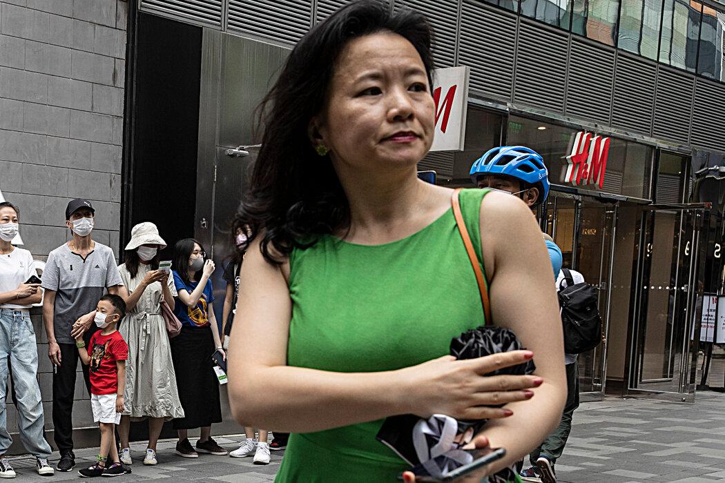 对中国不满情绪的上升在澳大利亚尤为明显。澳大利亚官员对中国拘捕澳籍新闻主播成蕾提出抗议。