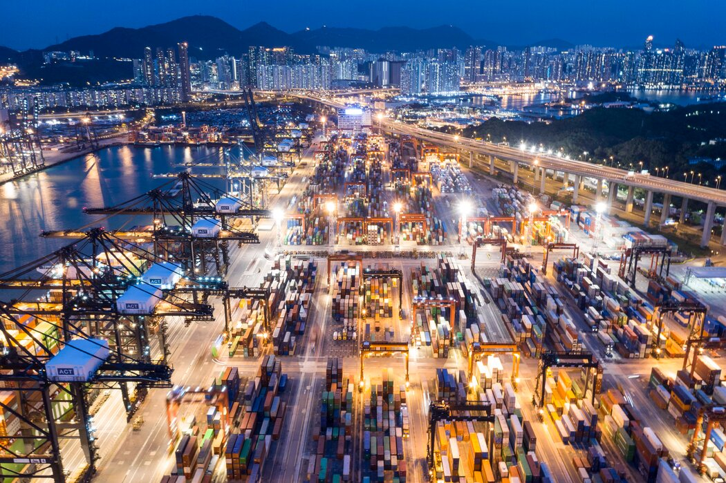 世界贸易组织与中国达成一致,认为特朗普加征的关税使美国违反了国际贸易规则。