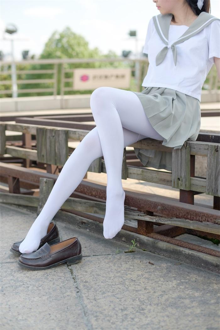 ⭐丝模写真⭐森萝财团-R15系列-026[79P/426MB]插图1