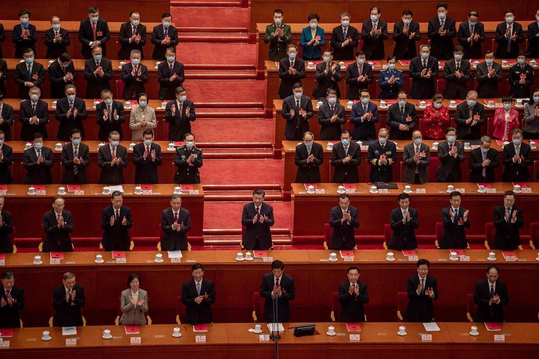 拜登将中国领导人习近平视为不可小觑的对手,后者可能推动中国主导全球贸易和技术。