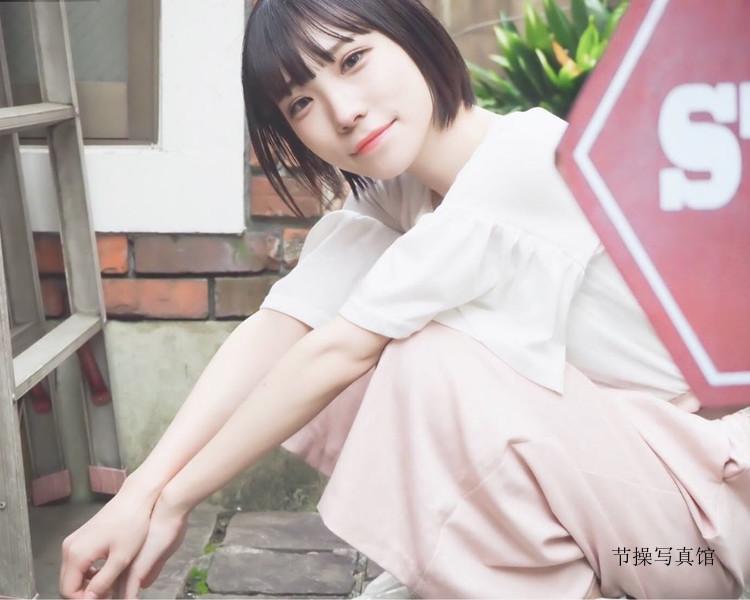 短发樱花妹@つぶもえ个人照片,魔性笑容深入人心