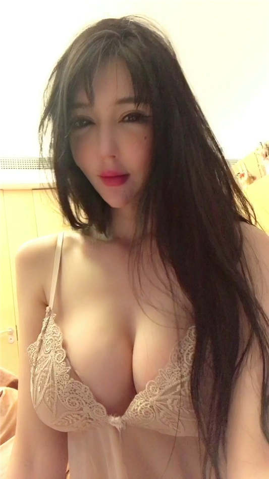 人气模特网红@王瑞儿 诱惑私拍合集 [10V/1.74G]