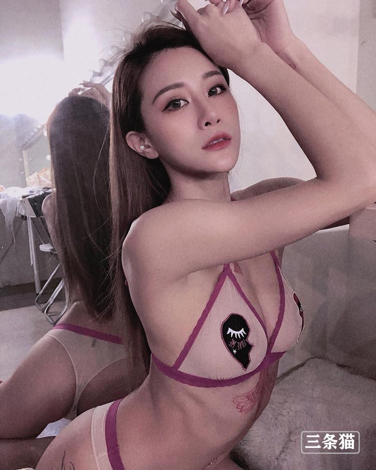 女神@Lara Fan 双囍写真图片,蜜桃摇摇画面超撩人