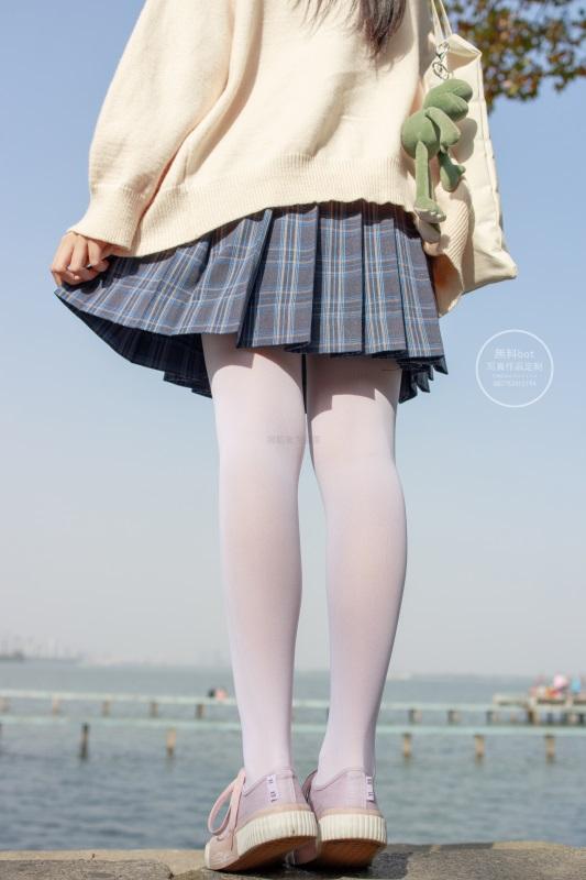 ⭐丝模写真⭐森萝财团 – 有料 NO.004 [76P/984MB]