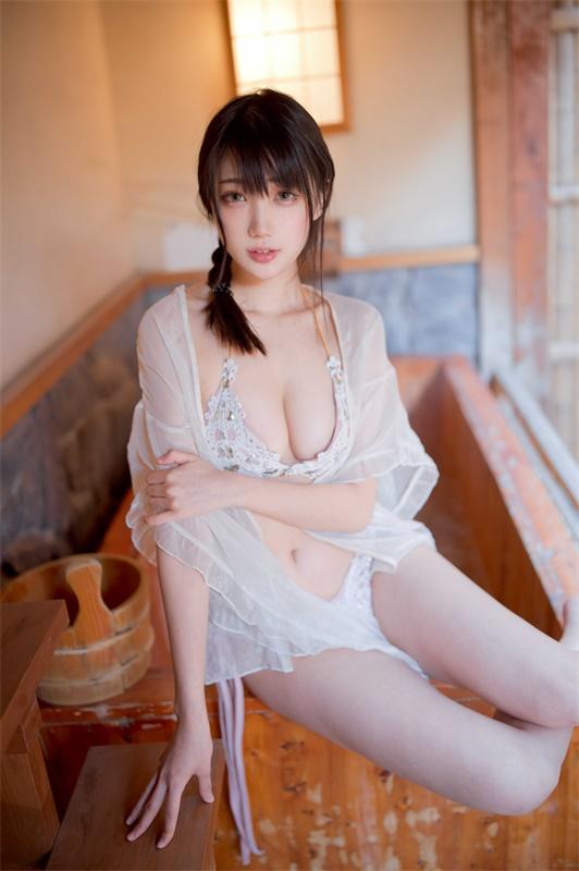 ⭐cos套图⭐周叽是可爱兔兔-清纯美女@ NO.010 温泉女友[28P-352MB]插图2