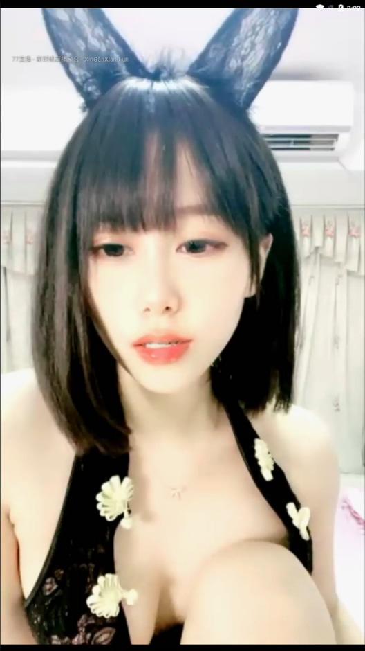 图片[3]-【极品新人小梦梦】连体蕾丝校服诱人粉嫩白虎[MP4/4.94G]-醉四季
