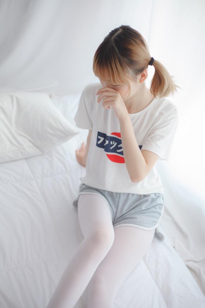 ⭐少女秩序⭐美丝写真-VOL.001白色丝袜[30P/185MB]插图