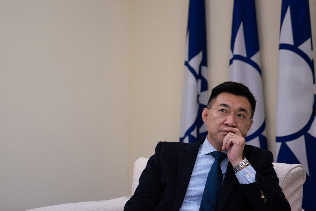 国民党主席江启臣上个月在台北的国民党总部。