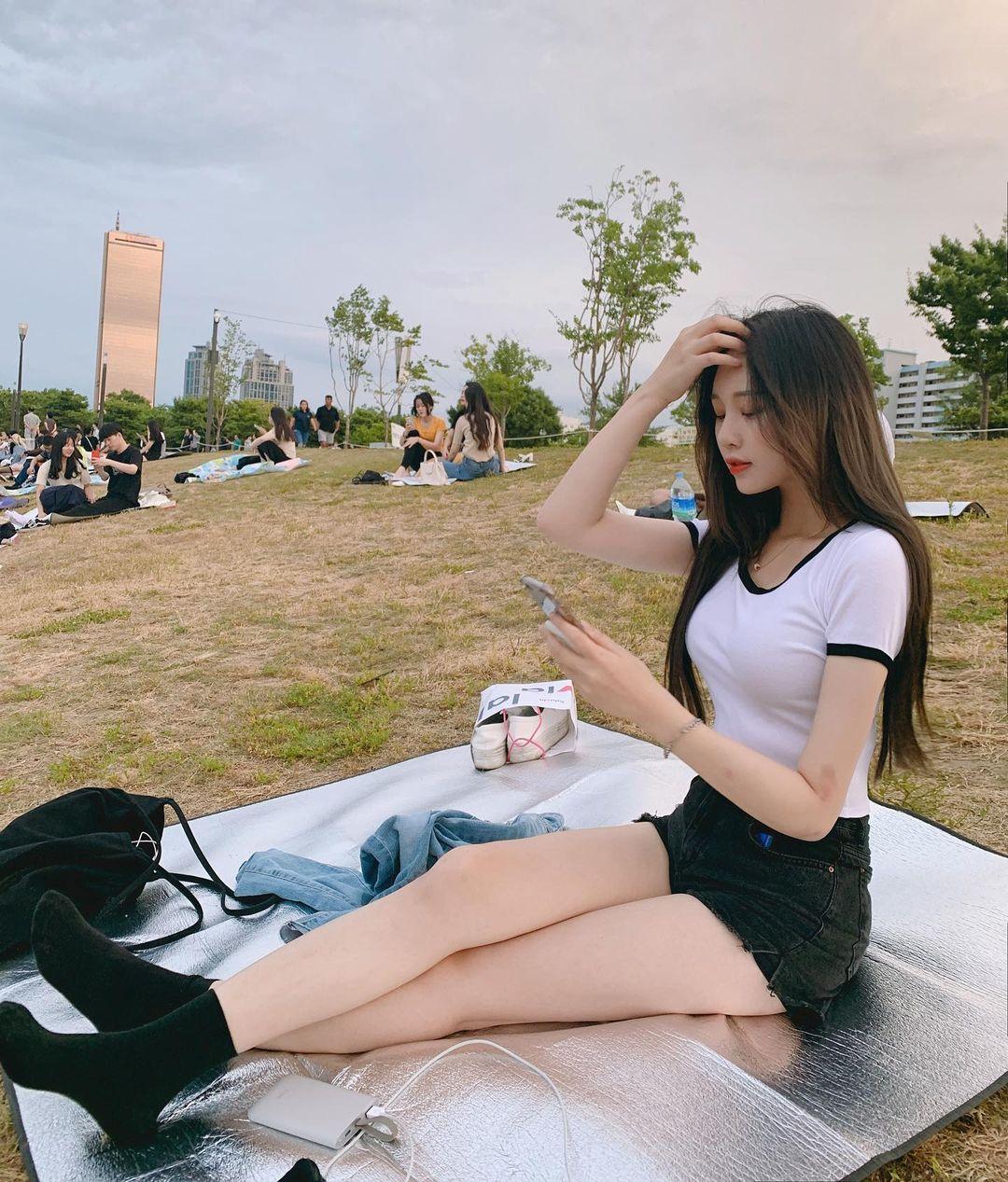 韩国长腿妹子@u hangyeong吴汉京比基尼福利照片 妹子图 热图2