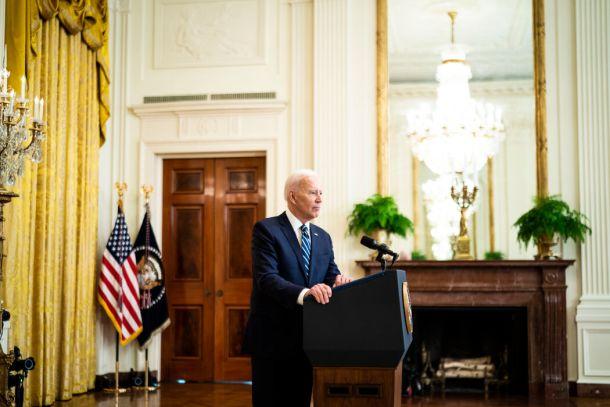 拜登总统几乎没有表现出多少兴趣放松其前任唐纳德·J·特朗普向中国提出的贸易要求。