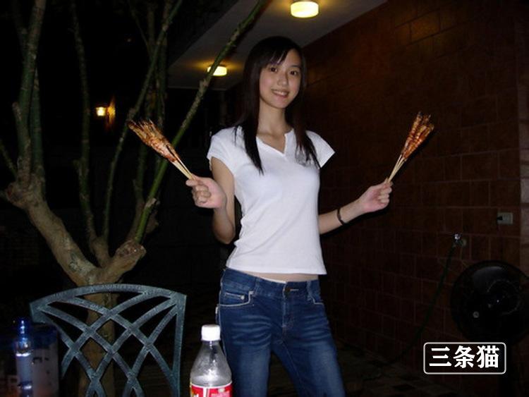 陈思妤(双双)个人资料及生活照片欣赏 雨后故事 第2张