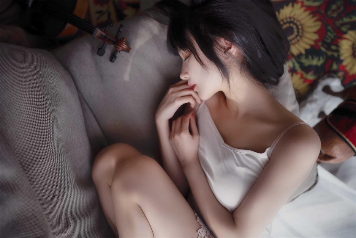 ⭐微博红人⭐Shika小鹿鹿-清纯美女@写真01【21P/200MB】插图2