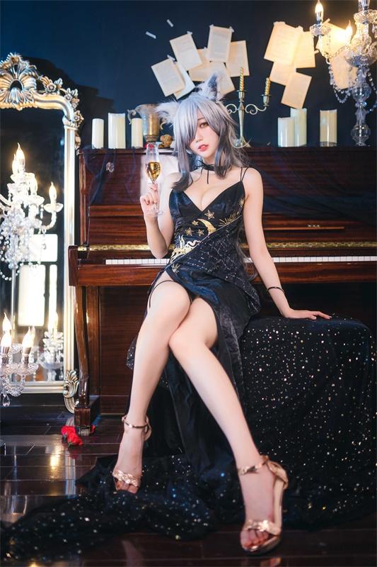 ⭐cos套图⭐周叽是可爱兔兔-清纯美女@NO.007 一周年礼服[24P-337MB]插图2