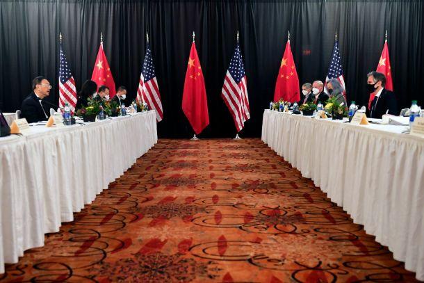 拜登政府与中国在安克雷奇会晤期间的首次接触,是个充满敌意的开端。