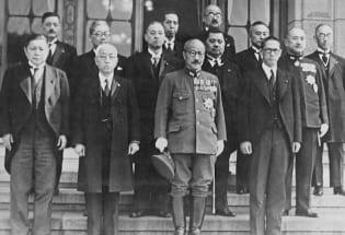 日本海军为何转向开战