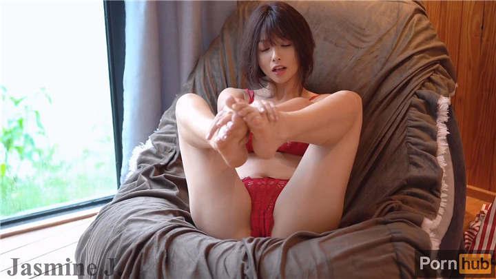 泰国神仙颜值网红Jasmine J[13V/2.15G]