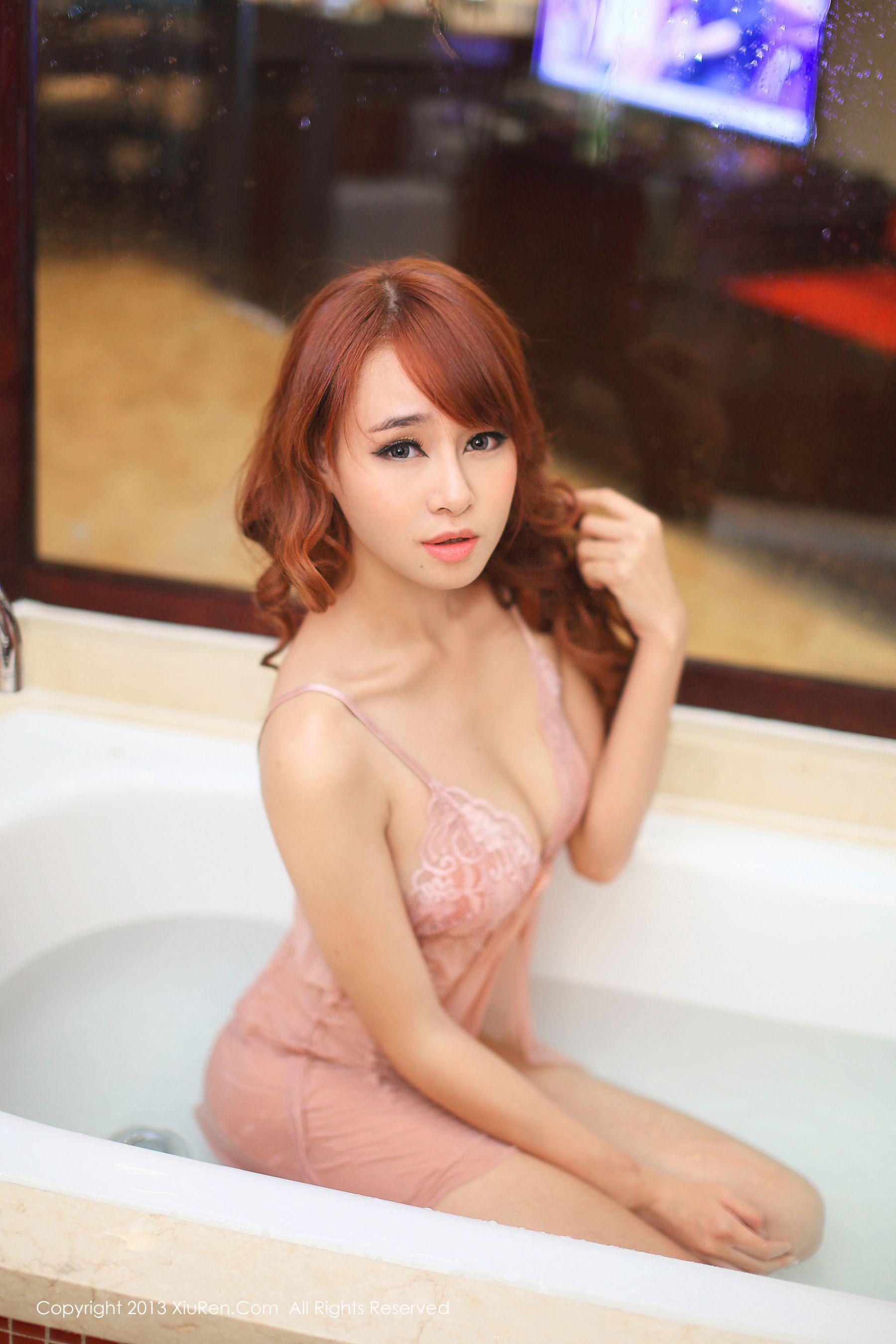 ⭐秀人网⭐写真图片@xiuren-013 旗袍黑丝+睡衣湿身 黄婧GIGI 41P插图2