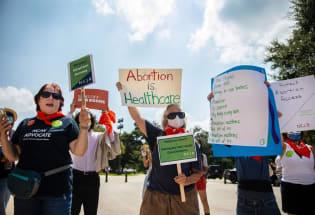 关于全美最严厉限制堕胎法案,你应该知道的六个问题