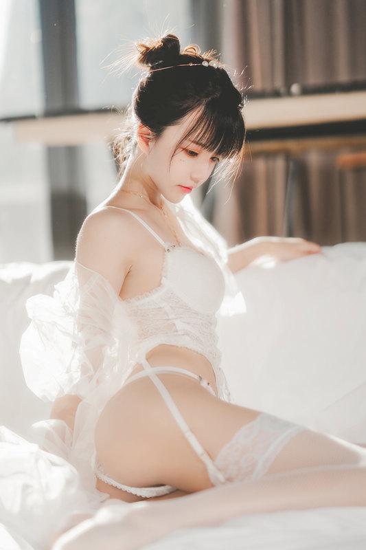 桜桃喵 NO.095 白纱糖[69P]