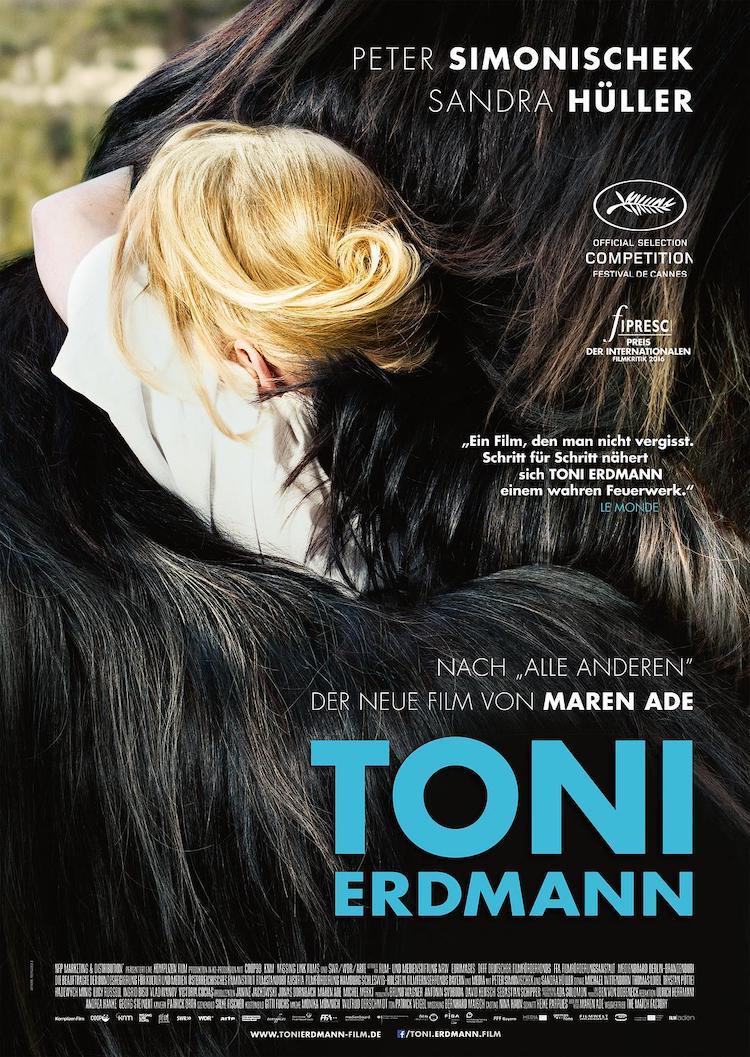 《托尼厄德曼》电影:奇装异服如怪兽,巧妙融化父女情