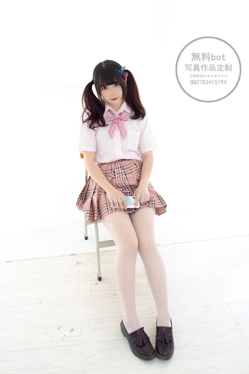 ⭐丝模写真⭐森萝财团-無料001 JK格子裙【102P/1V/2.64GB】插图