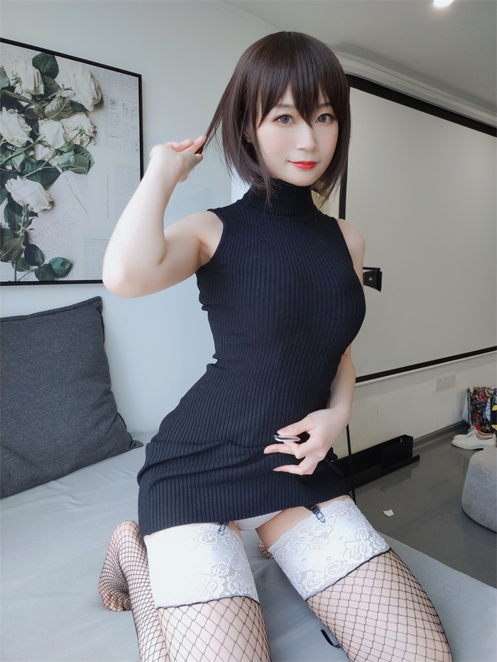 ⭐微博红人⭐白银81@写真cos黑色包臀裙[35P/2V/305MB]插图
