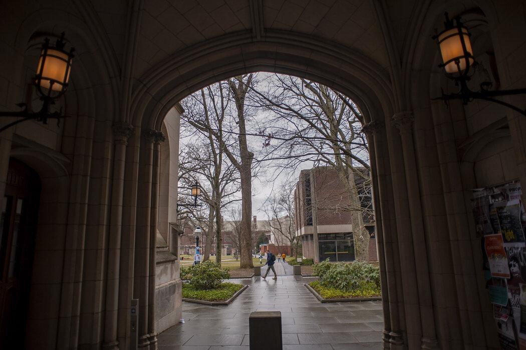 上周,基于普林斯顿大学校长一封公开信,特朗普政府对该校展开一项民权调查。该信表达了对学校存在的系统性种族主义的担忧,并且誓言与其斗争。