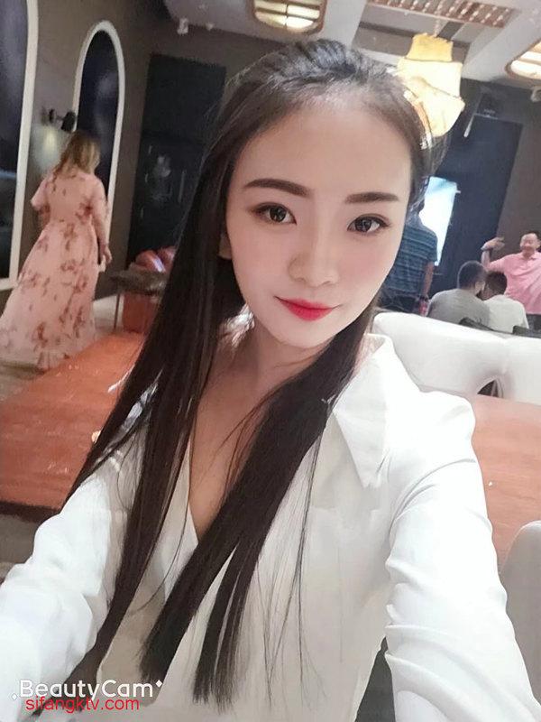 【女神&母狗】哈尔滨超级美女李韵[1213P/17V/3.9G]