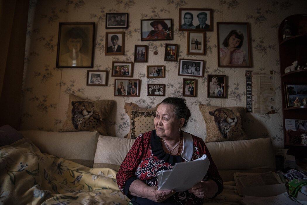 1979年,莱莎·斯米尔诺娃险些死于炭疽中毒。她的约18名同事就没那么幸运了。他们在军事实验室附近一家陶瓷厂工作。