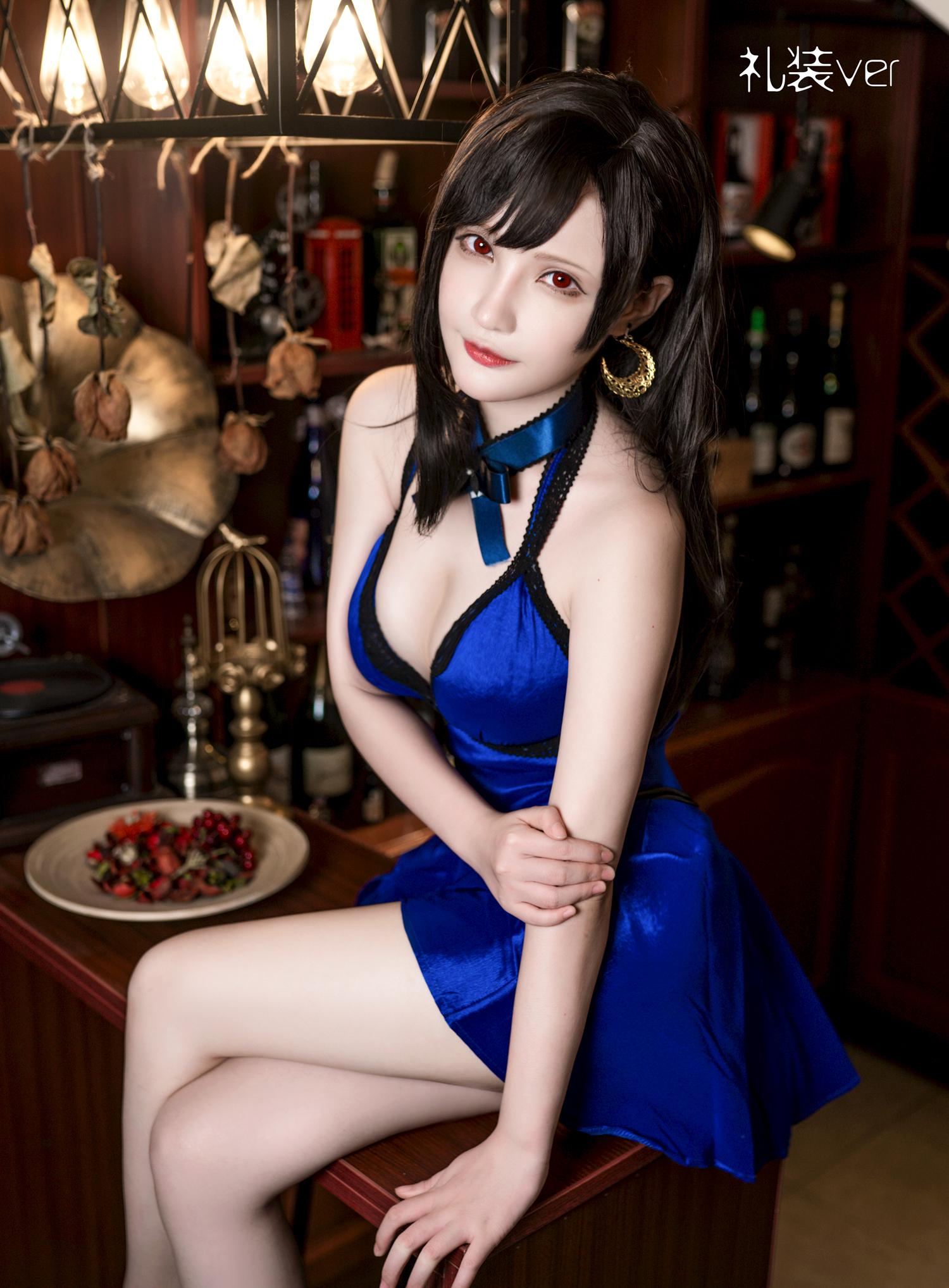 ⭐微博红人⭐千夜未来(Senya Miku) – NO.02 蒂法连衣裙 [20P-42MB]插图1
