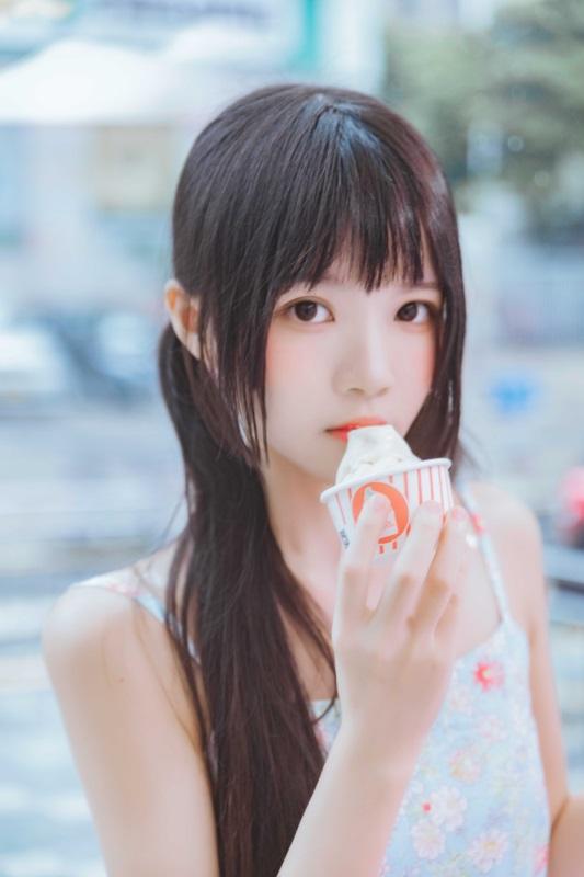 ⭐微博红人⭐ 桜桃喵 – 冰淇淋【12P/253MB】
