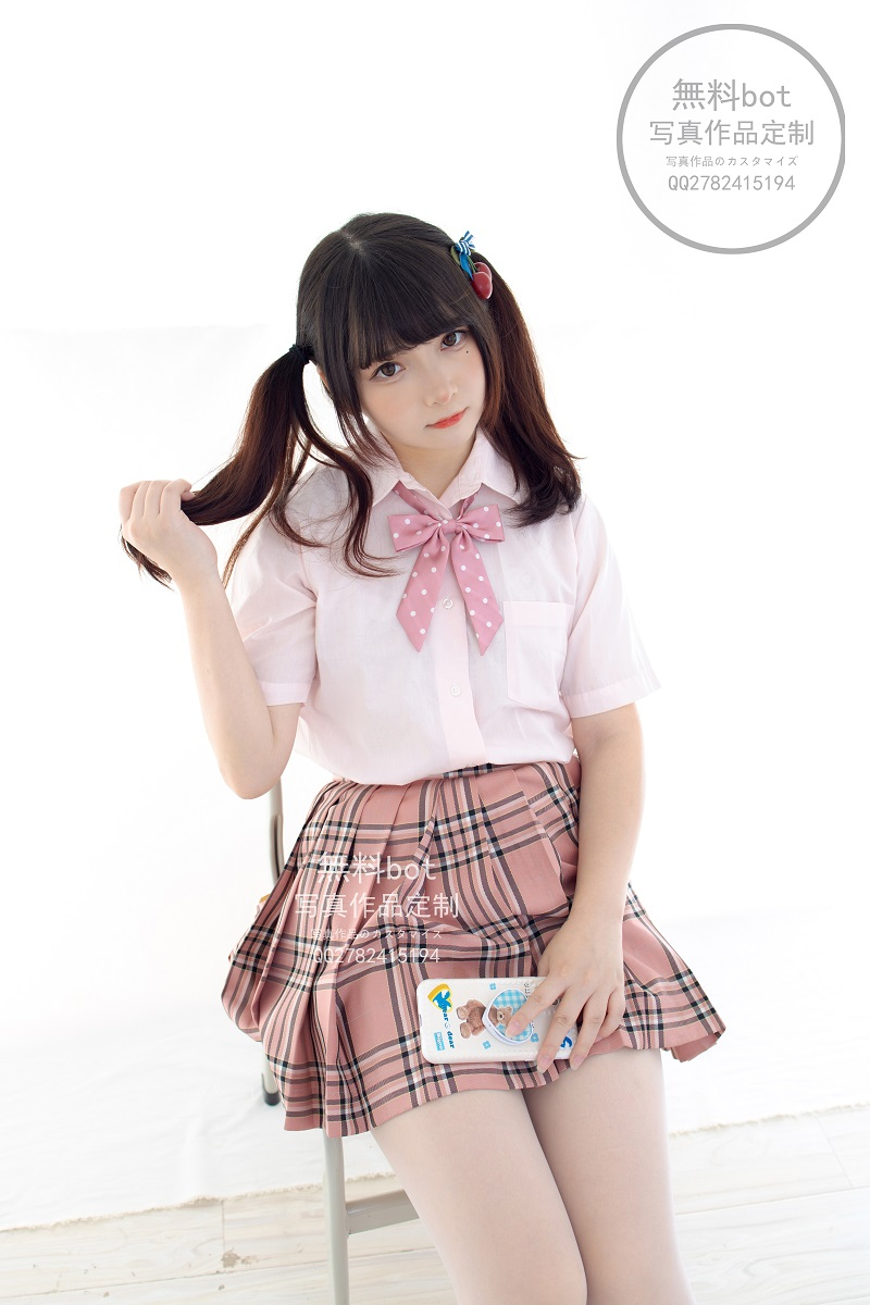 ⭐丝模写真⭐森萝财团-無料001 JK格子裙【102P/1V/2.64GB】插图1
