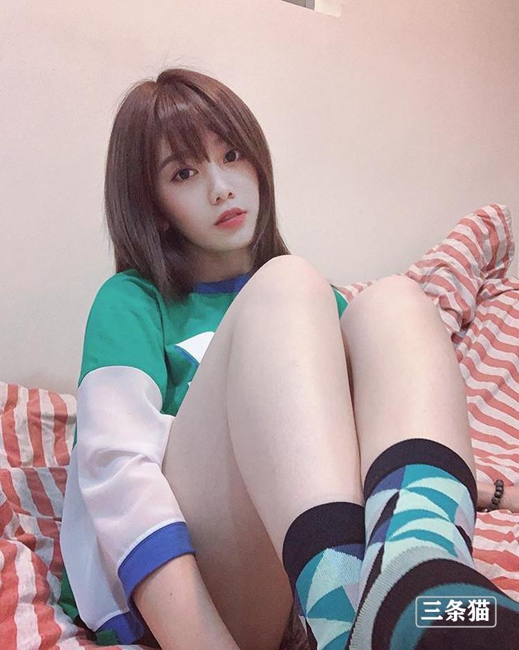 结城瑠美奈(Tanya 若潼)的笑容真甜,21岁啦啦女神就是年轻