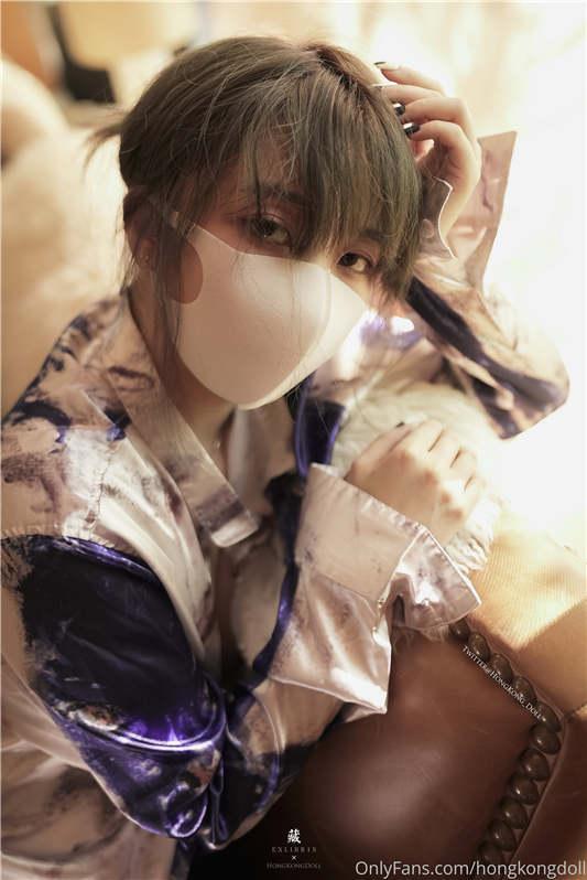 最新玩偶姐姐HongKongDoll - 「一日女友的漂亮姐姐」中 - 她是谁 - 00后码农沉迷漂亮姐姐[19P/3V/4.37G]