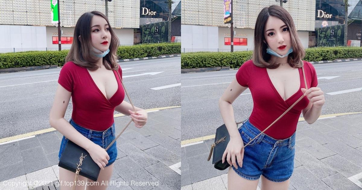 混血儿美女「Mit Mit」红色深V紧身T恤,搭配牛仔短裤超养眼
