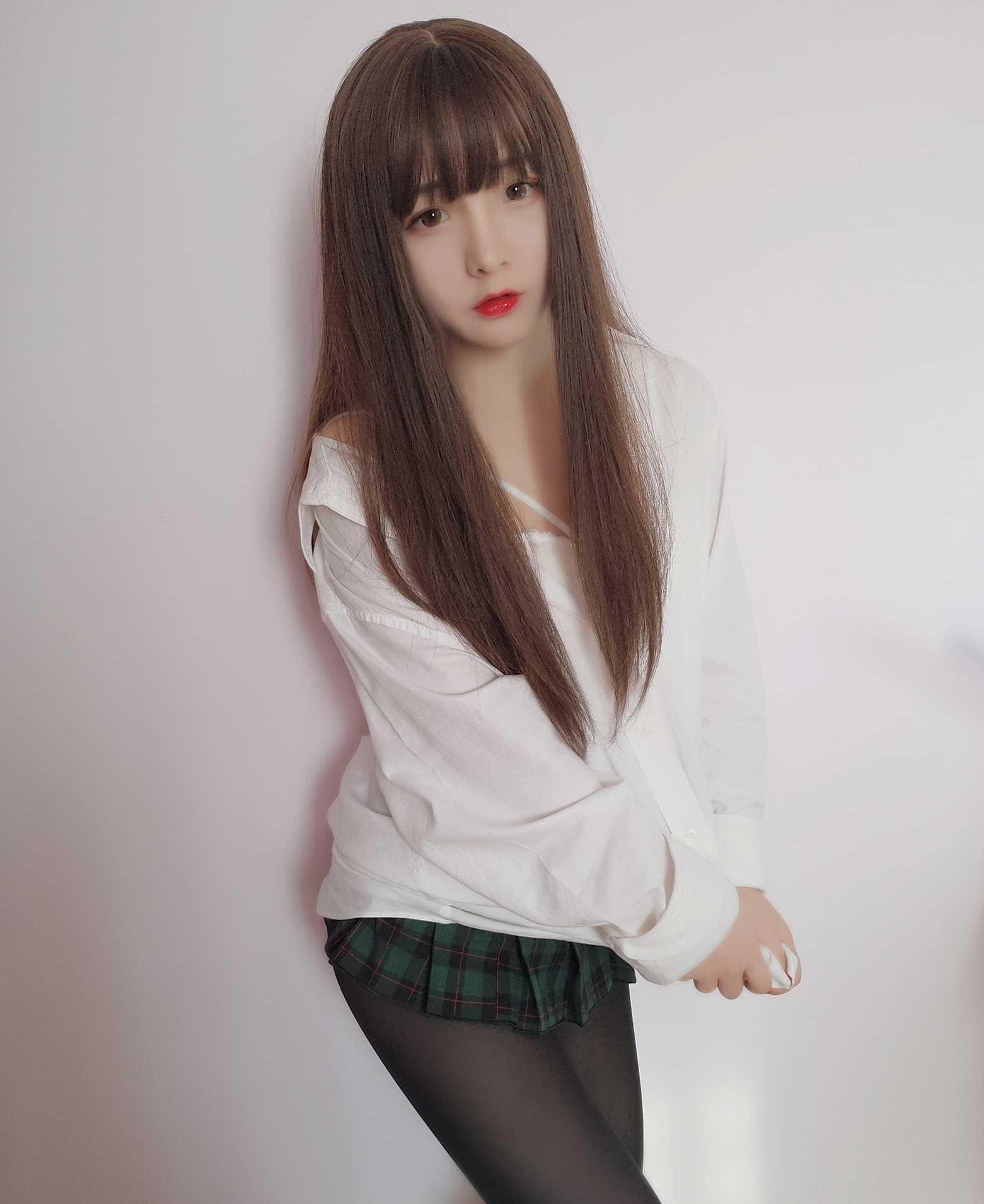 ⭐微博红人⭐古川kagura@coser图片-NO.19 男友衬衫 [14P-22MB]插图