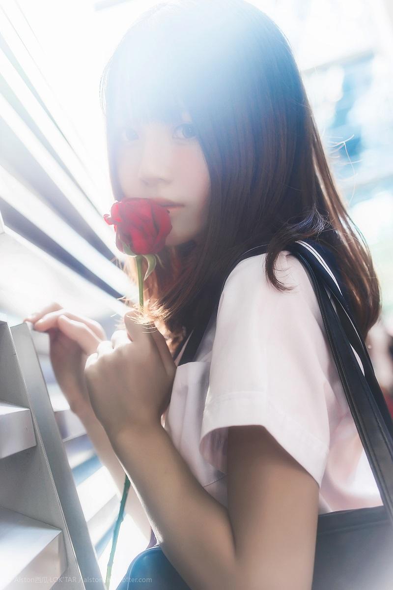 ⭐微博红人⭐桜桃喵@写真cos-动漫节-JK(桜桃喵)【9P/9MB】插图