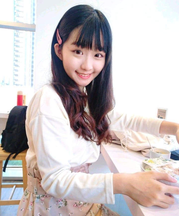 音乐女神@林涵钰Ruri拥有一双会笑的眼睛,个人照太可爱了 文章 第7张