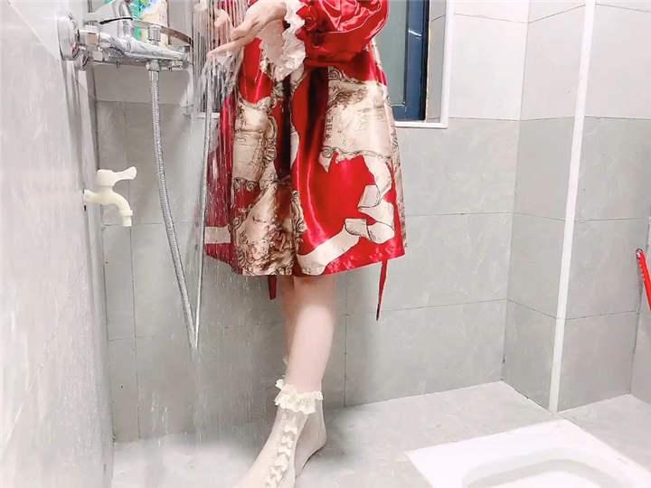小兔软糖 720定制 - 红色洛丽塔浴室[1V/1.45G]