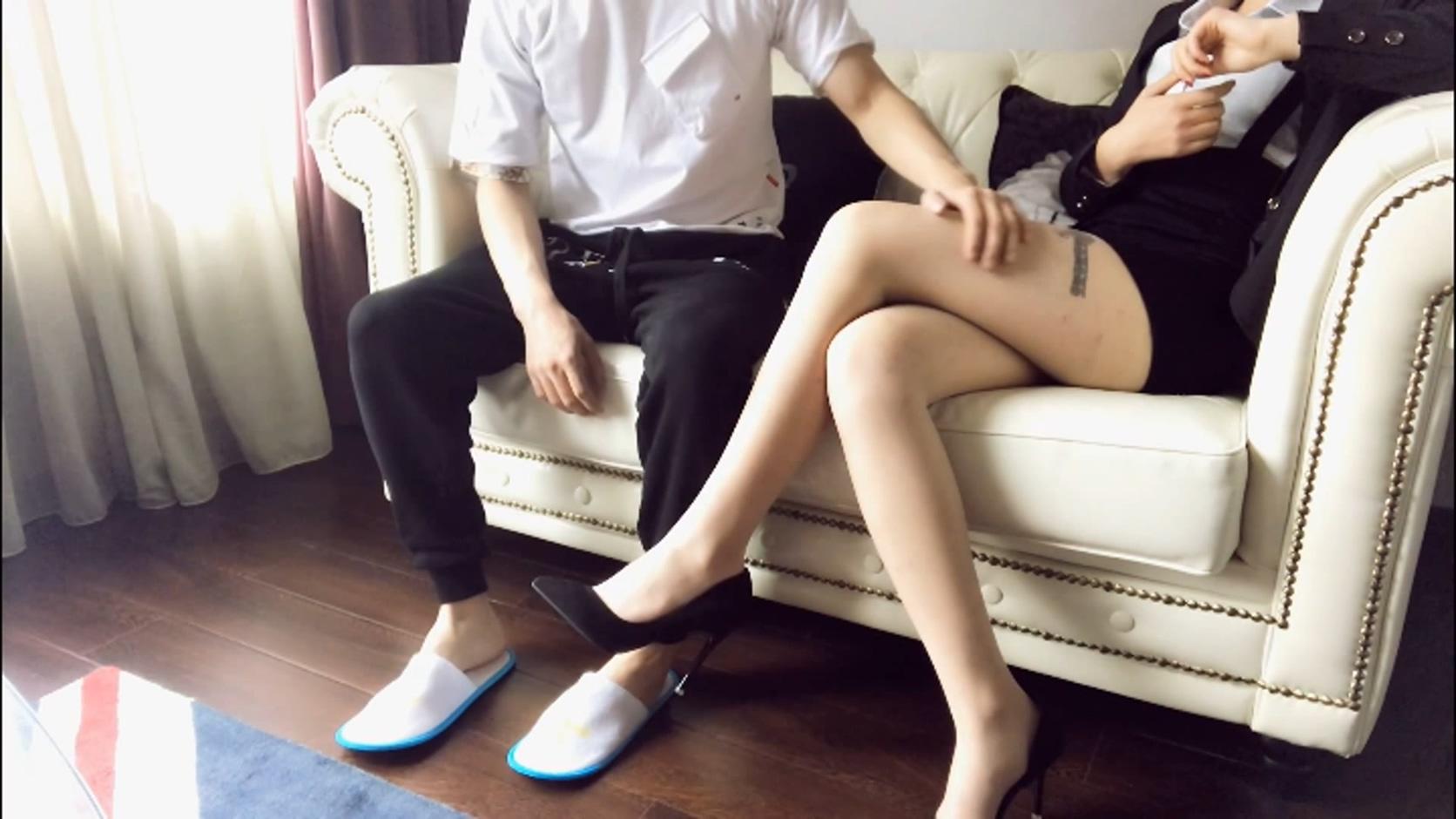 图片[1]-91爱思小仙女思妍 潜规则酒店肉丝长腿前台1080P高清[MP4/1.56G]-醉四季