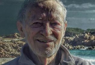 """意大利现代版""""鲁滨逊"""" 32年隐居孤岛的心路与传奇"""
