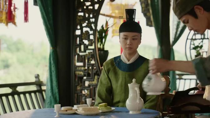 大明风华:孙若微正要喝下毒酒时,朱瞻基抬手打掉了酒杯!