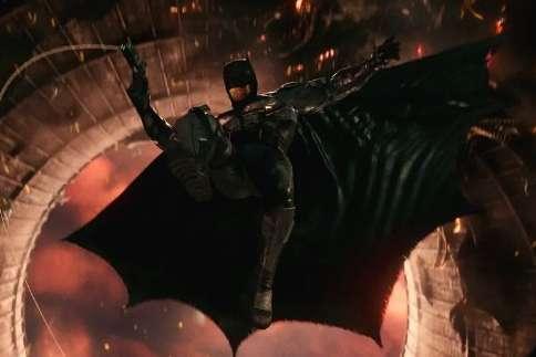 蝙蝠侠合作超人!扎导《正义联盟》新片段,两个神秘的声音是谁?